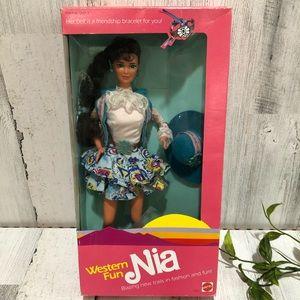 Vintage Barbie -WESTERN FUN NIA -